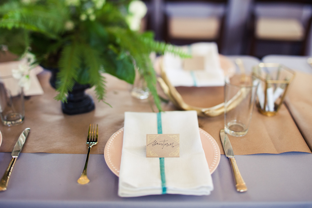 Paige-Newton-Photography-Wedding-Details-Bird-Dog-Wedding-Tablescape.jpg