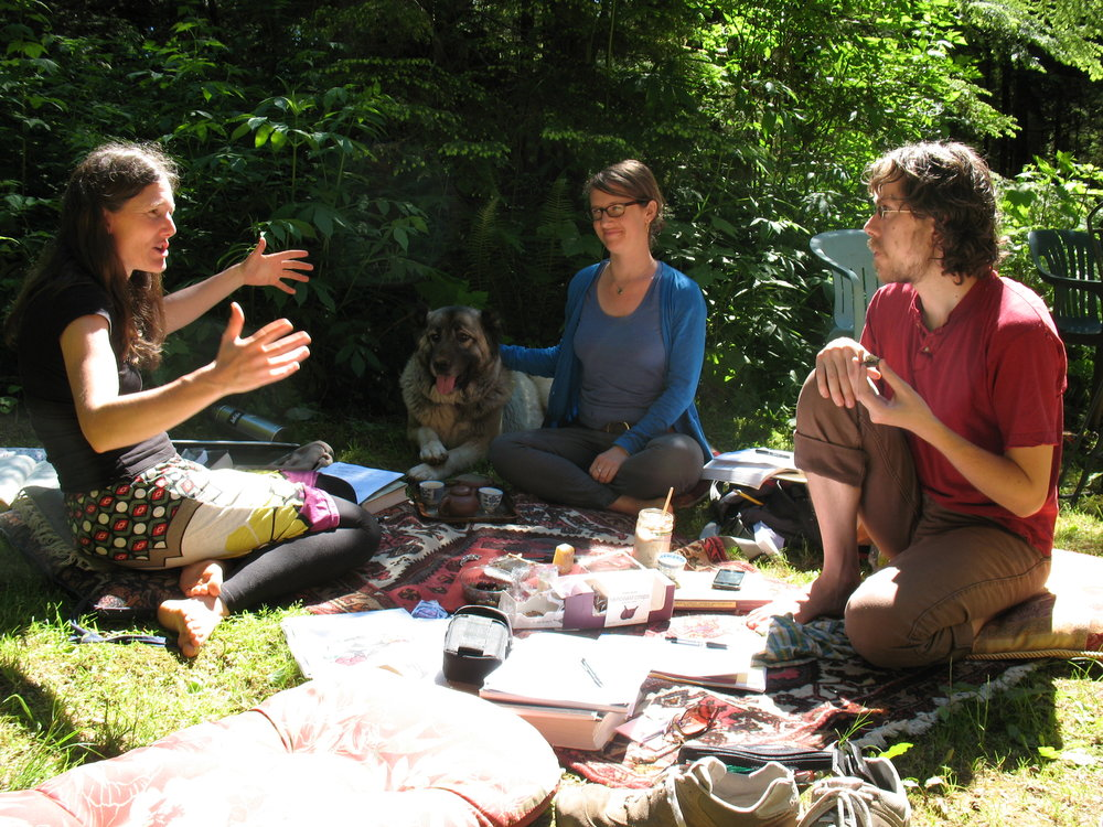 Image of Sabine Wilms teaching outdoors.