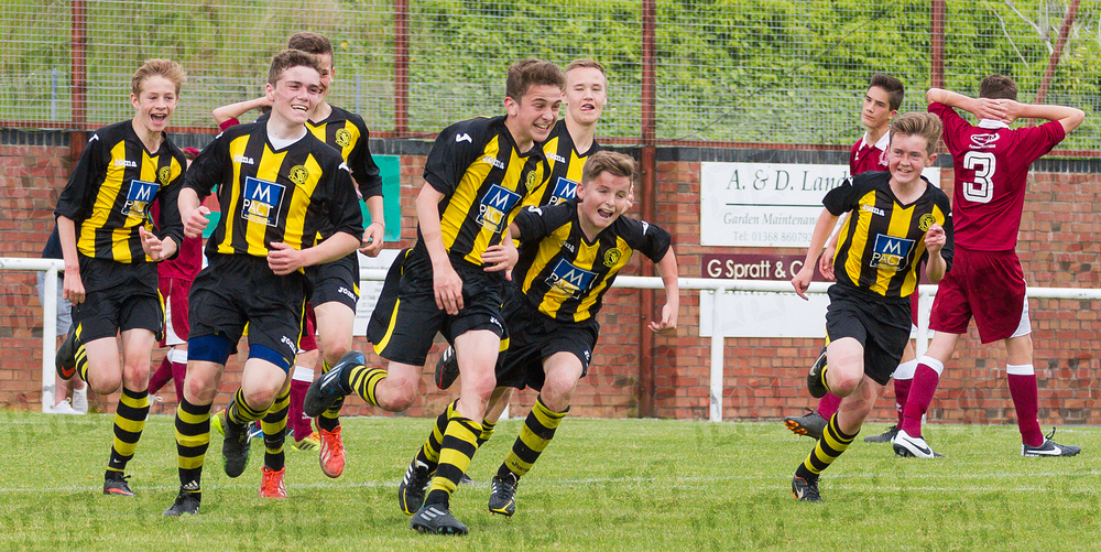 After being pegged back to 2-2, Dale Skinner scores the winner for Hutchison Vale.