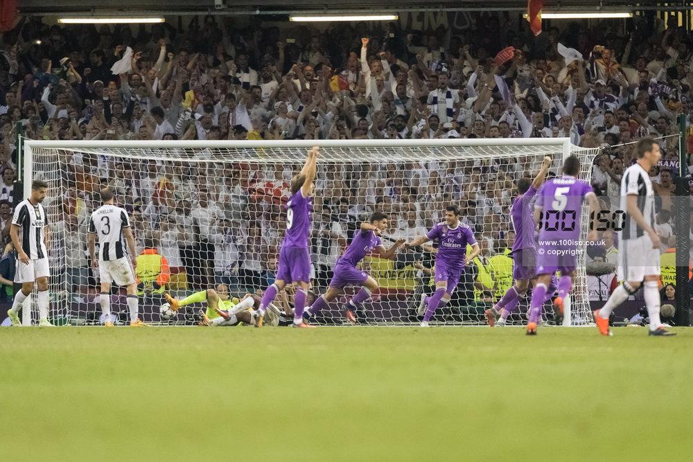 Champions League-92.jpg