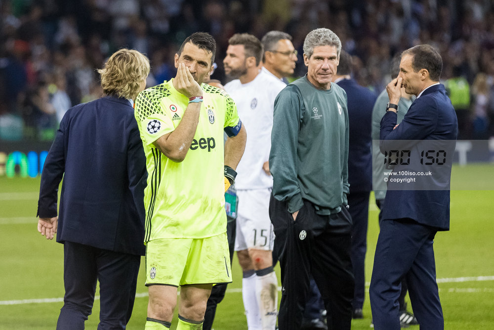 Champions League-100.jpg