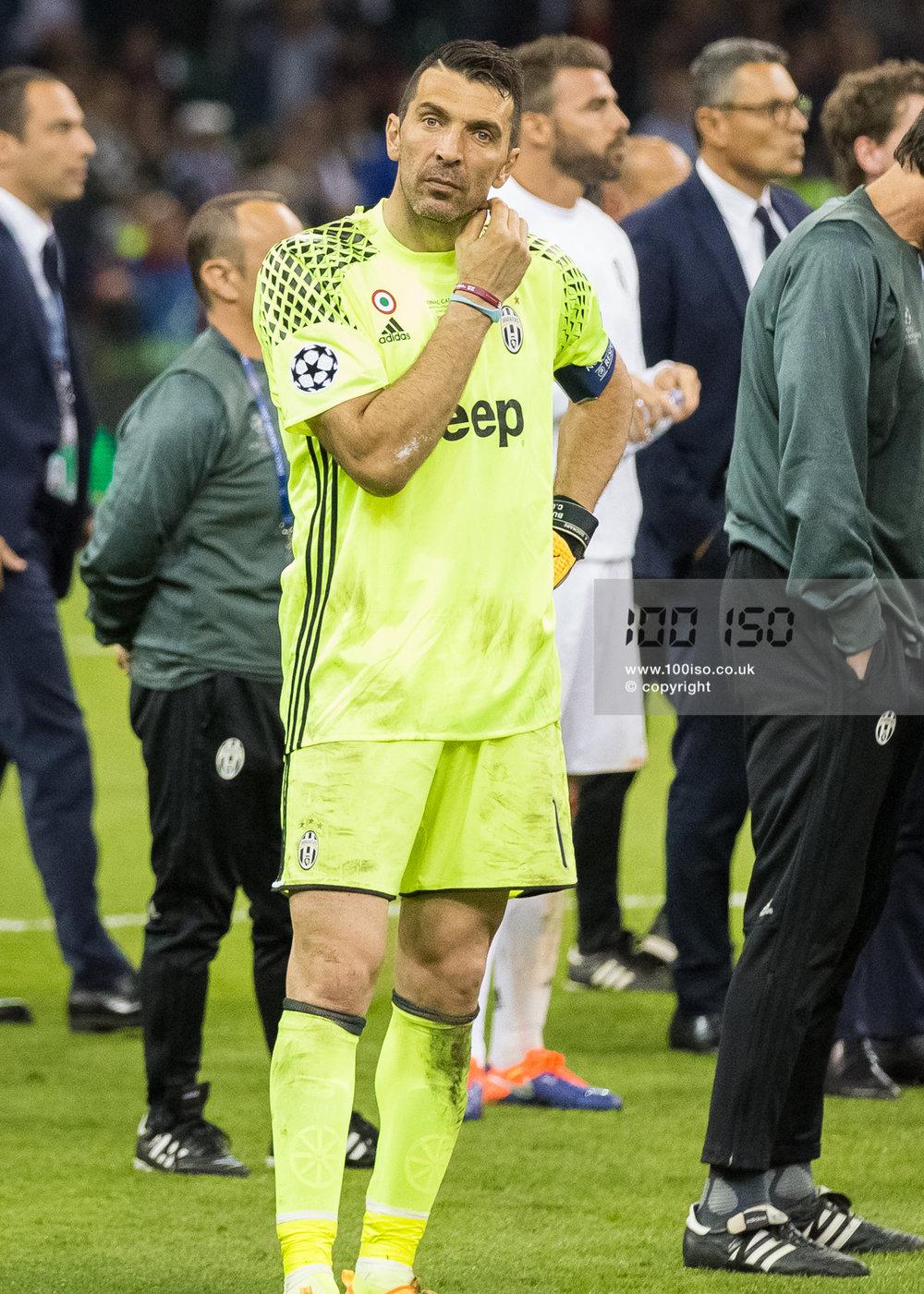 Champions League-101.jpg