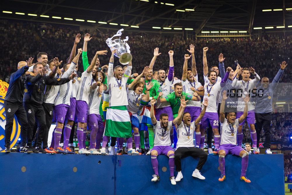 Champions League-107.jpg