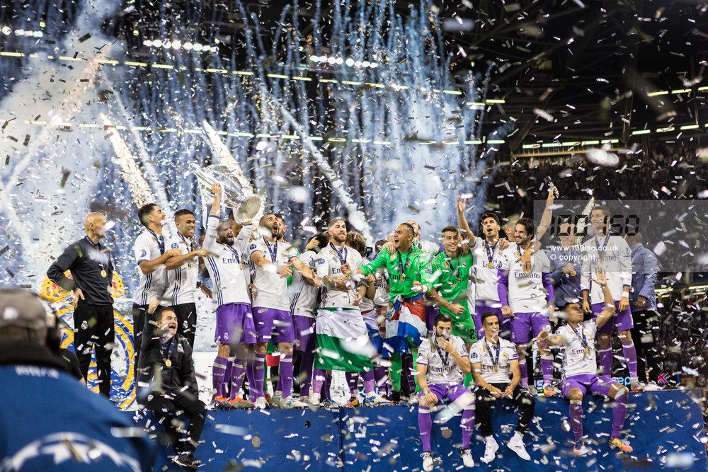 Champions League-114.jpg