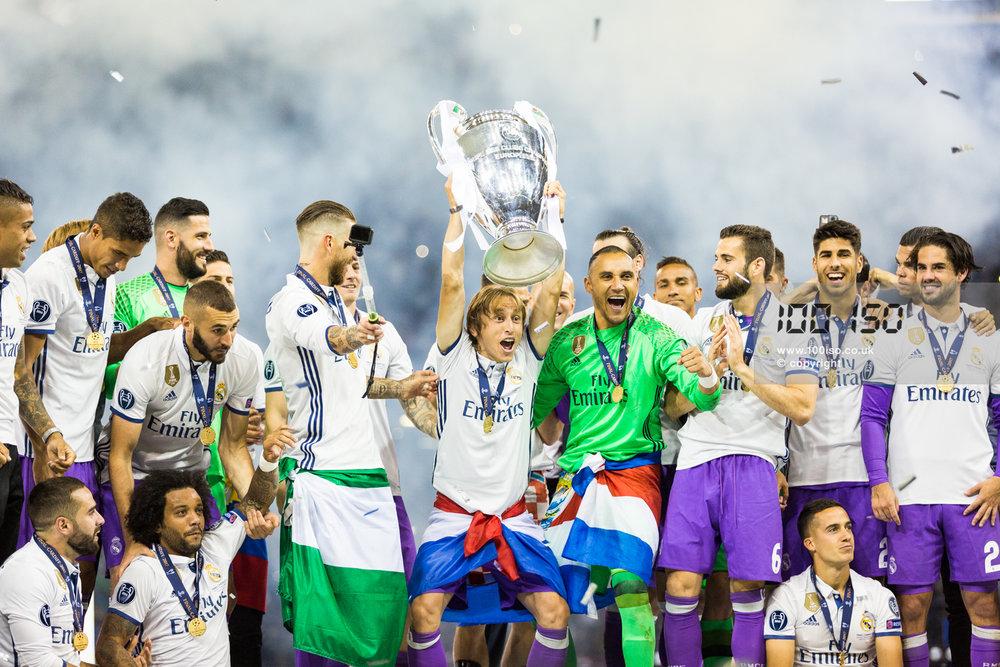Champions League-115.jpg