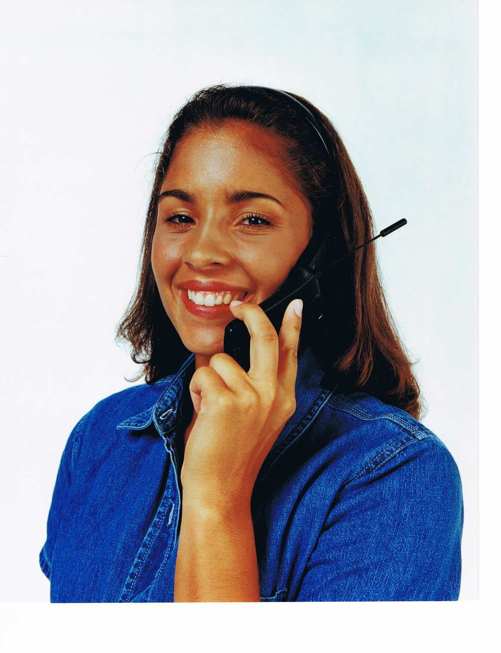 Marisol_Phone_Left-Hand.jpg