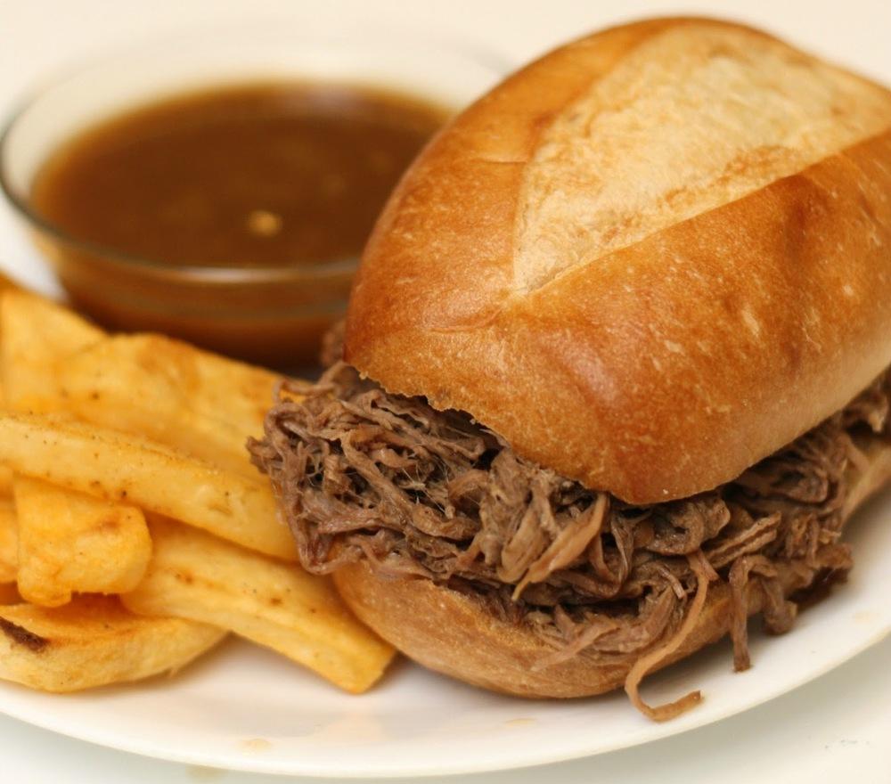 French Dip Sandwich w/Fries