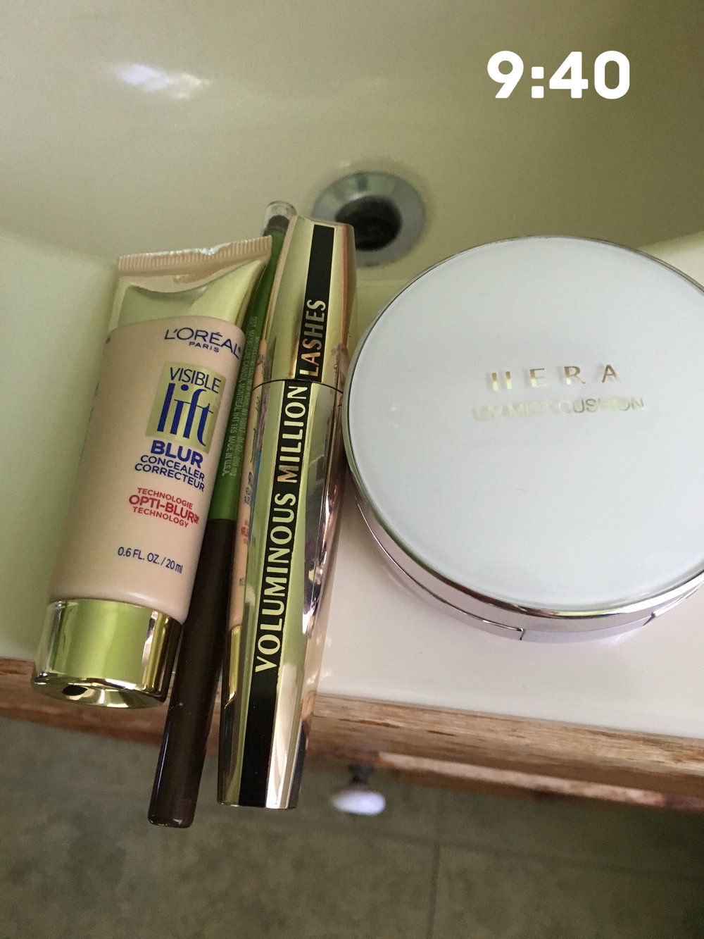 All drugstore products, except for the Hera cushion compact (LOVE), which is from Memebox.