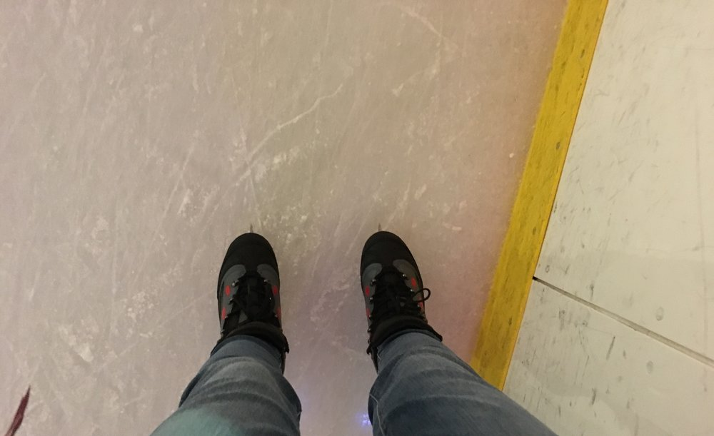 One bad-ass girl was skating backwards like a champ and playing on her phone, whereas I had to come to a complete stop near the boards to take this picture. 😂