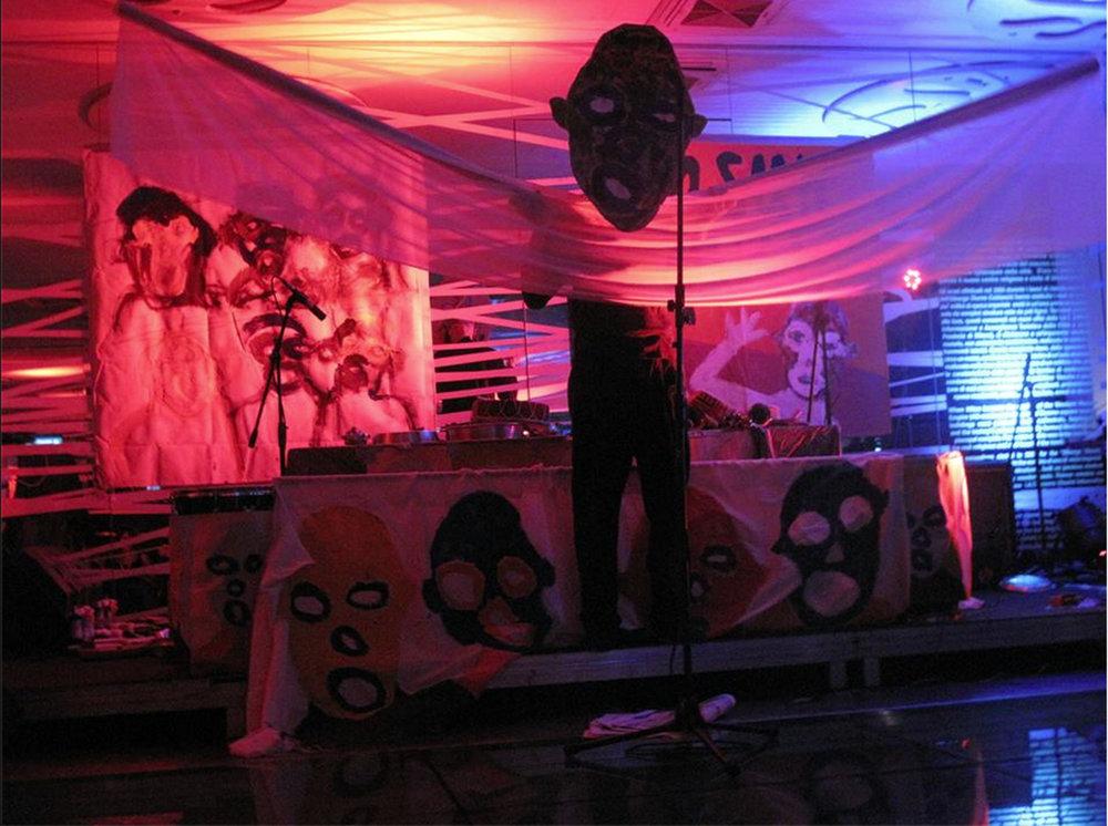 Jasun Martz performs in Milan, Italy