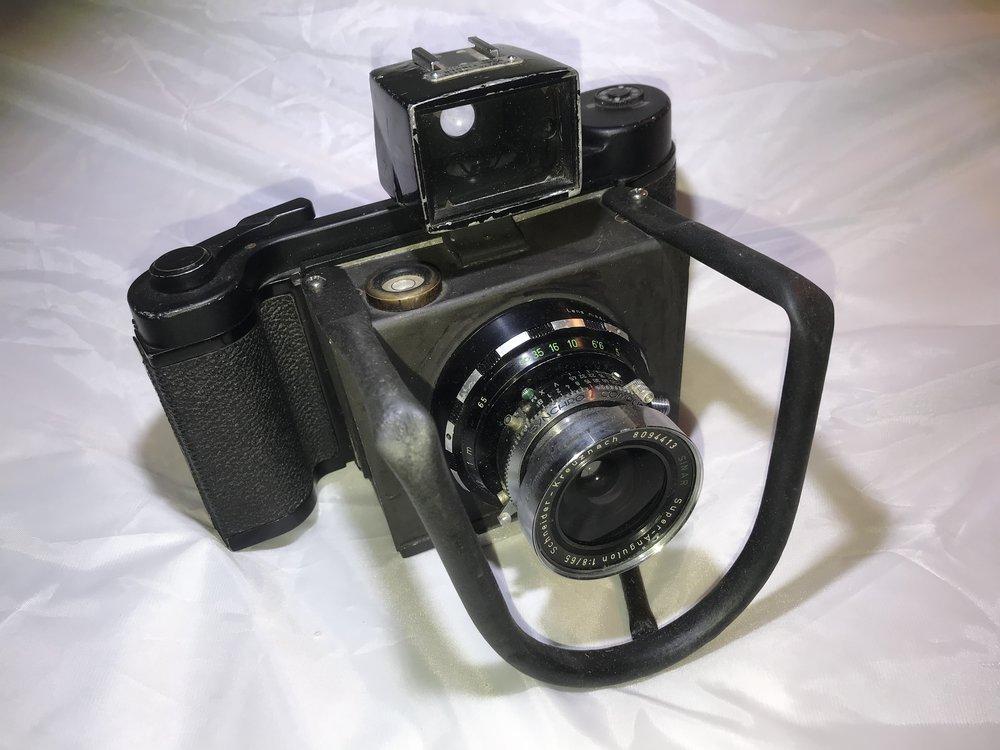 Lynch's kit-buit camera: Schneider lens and Mamiya 6x9 film back.