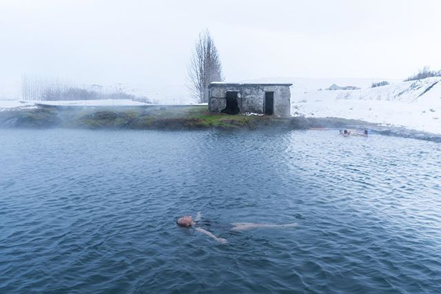 Probably the most relaxing thing to do in winter - soaking in a quaint geothermal bath.  #Iceland #secretlagoon #everydayiceland #travelphotography #winter #icelandair #mystopover #absoluteiceland