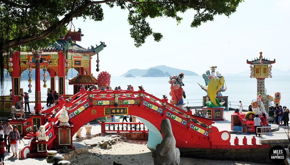 HKOffBeatenTrack_Shrine.jpg