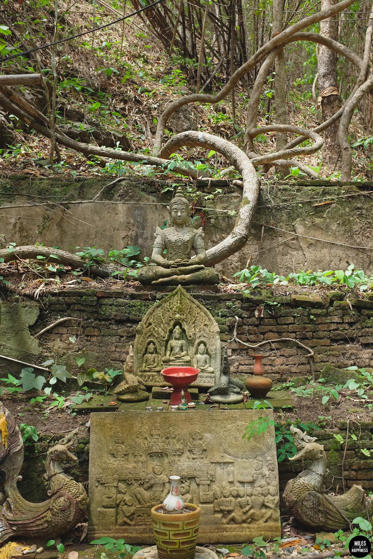 Wat-Pha-Temple-Buddha.jpg