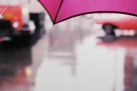Click on the photo to go to a gallery of Saul Leiter's photos