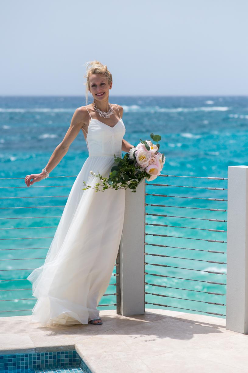 Bermuda Wedding Photographers: Sarah & Matt at The Loren — Two ...