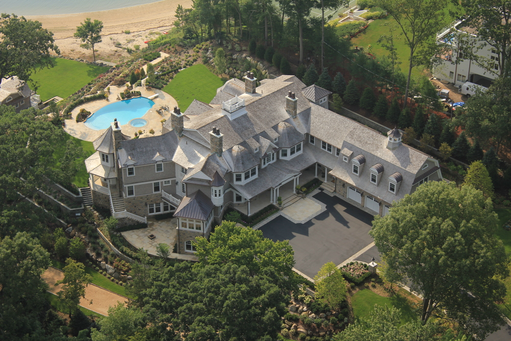 cove-neck-estate-aerial.JPG