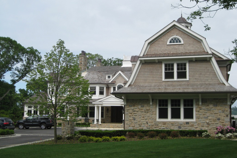 cove-neck-house-shingle-style.jpg