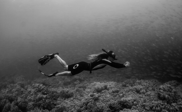 chanelle sladics free diving hawaii