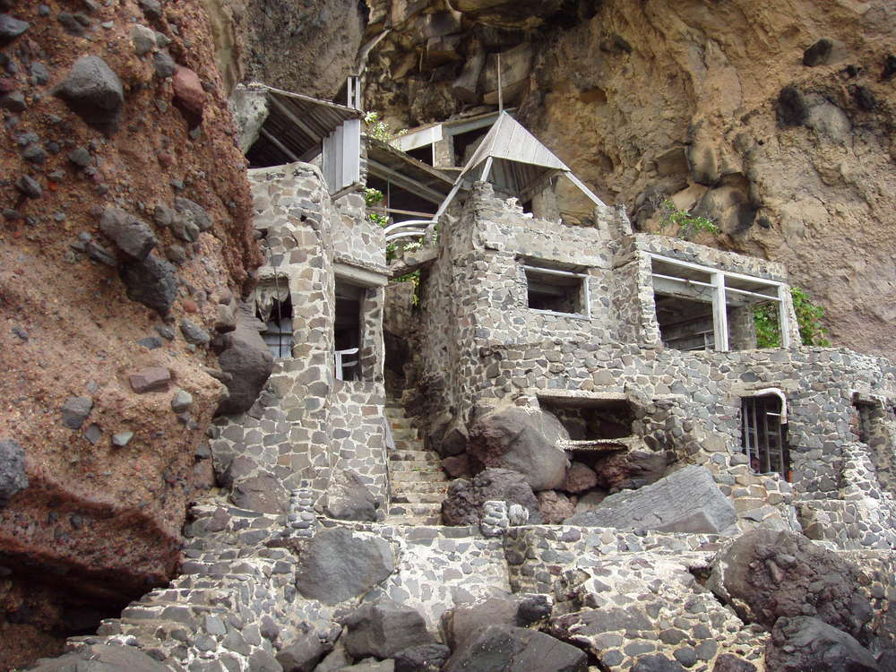Original Moonhole House