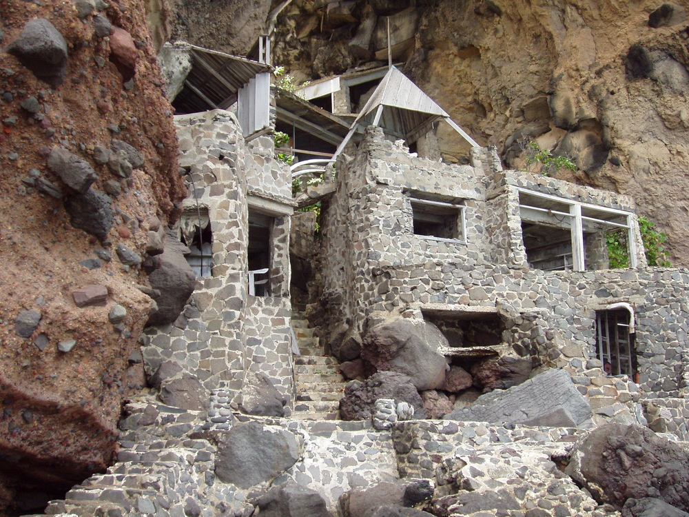 Original Moonhole House