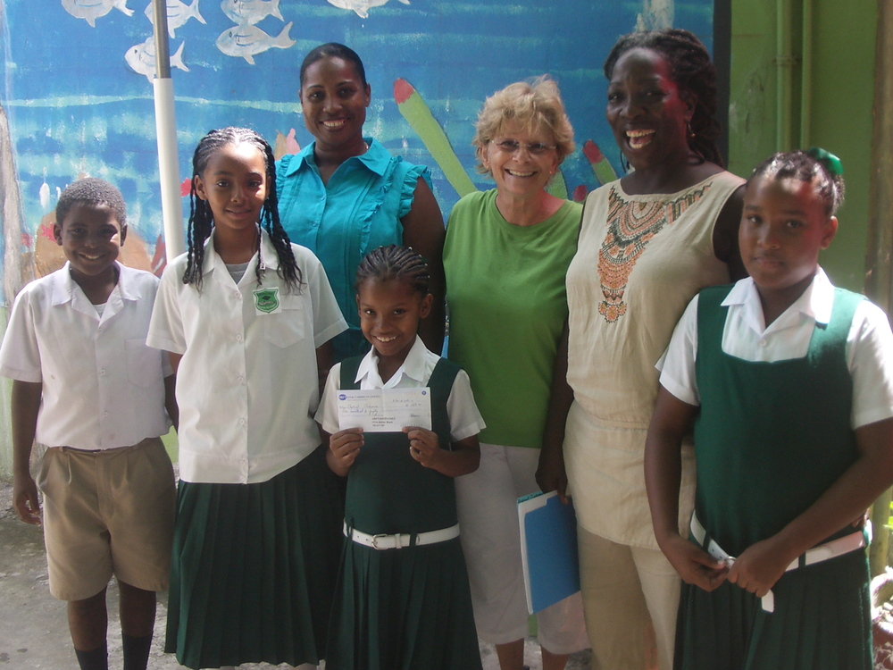 Moonhole Friends, Inc. donated to the Bequia Reading Club