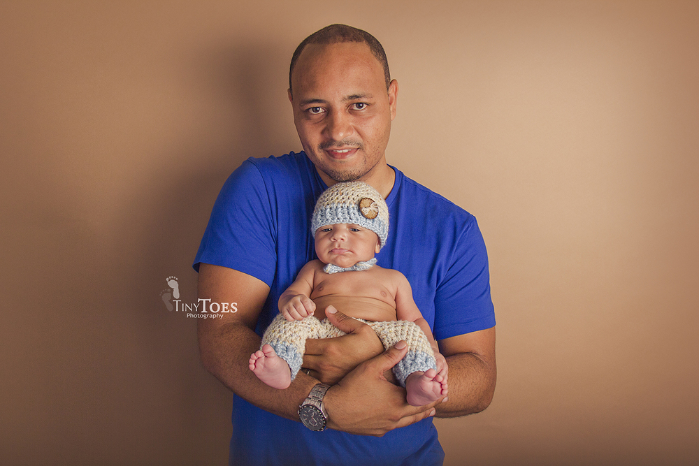 Newborn Session Tiny Toes Photography Nassau Bahamas
