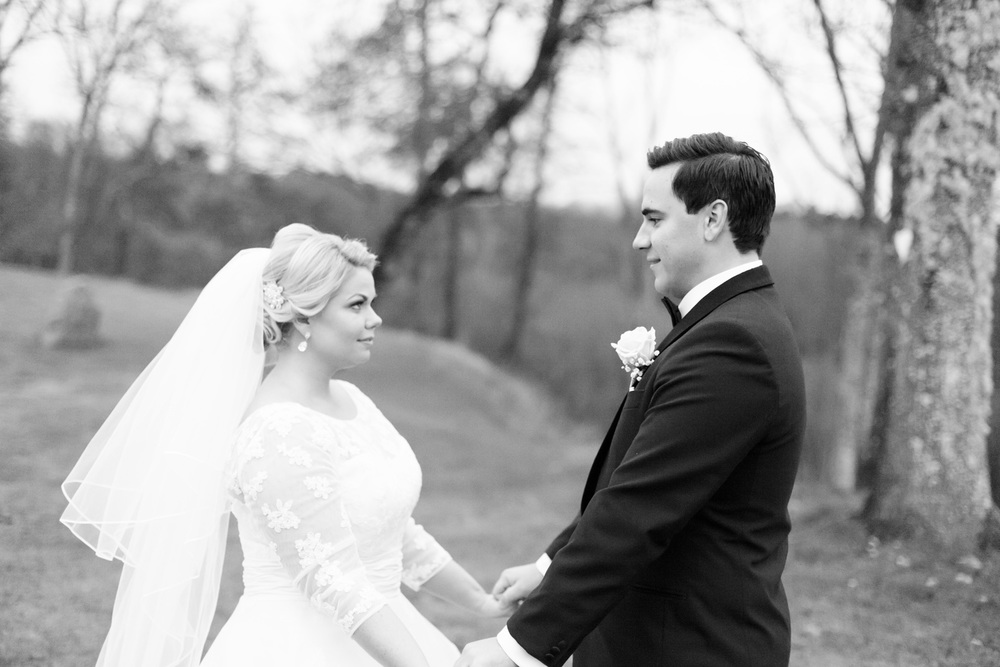 013-sweden-vidbynäs-winter-wedding-photographer.jpg