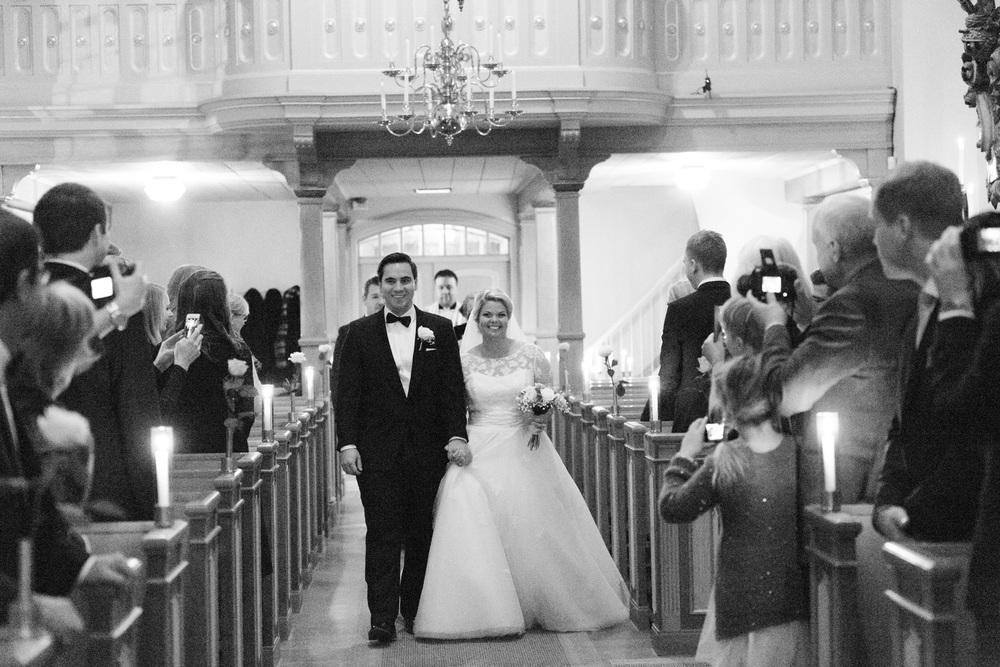 025-sweden-vidbynäs-winter-wedding-photographer.jpg