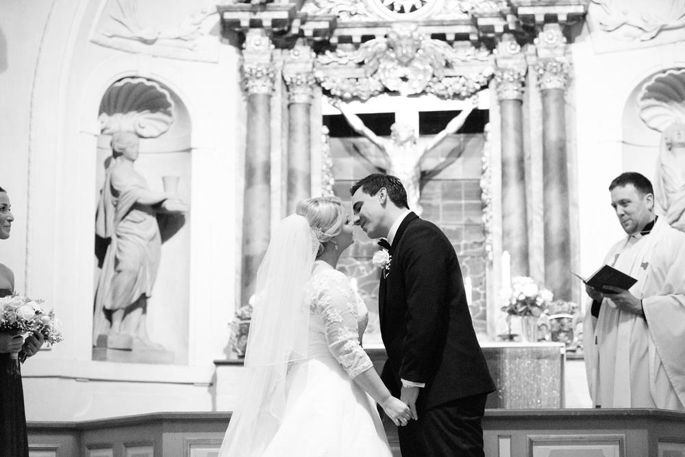 033-sweden-vidbynäs-winter-wedding-photographer.jpg