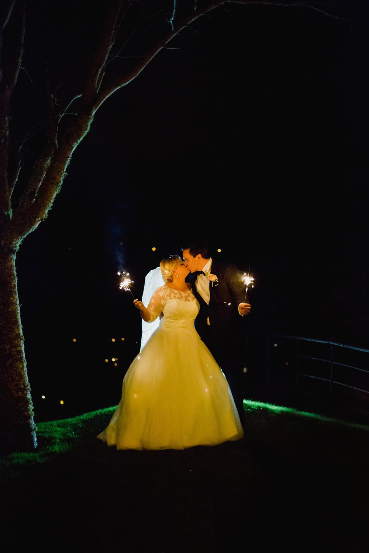047-sweden-vidbynäs-winter-wedding-photographer.jpg