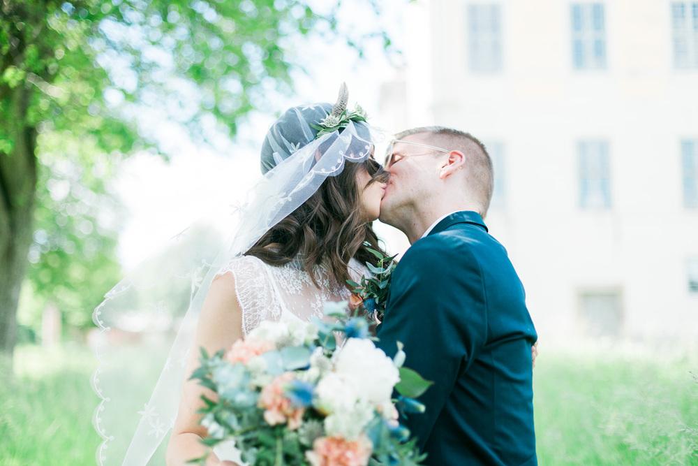 036-sweden-mälsåker-mariefred-wedding-photographer-videographer.jpg