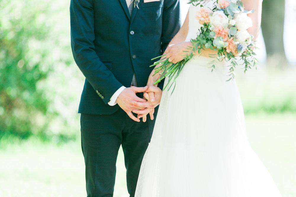 076-sweden-mälsåker-mariefred-wedding-photographer-videographer.jpg