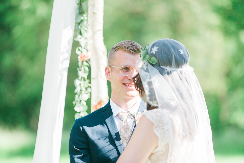 082-sweden-mälsåker-mariefred-wedding-photographer-videographer.jpg