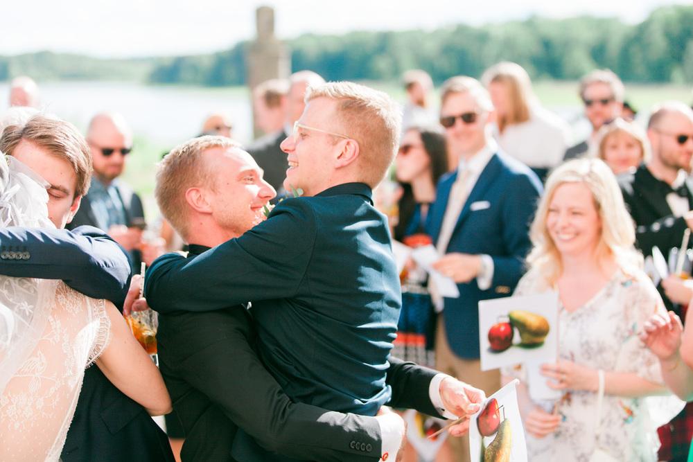 096-sweden-mälsåker-mariefred-wedding-photographer-videographer.jpg