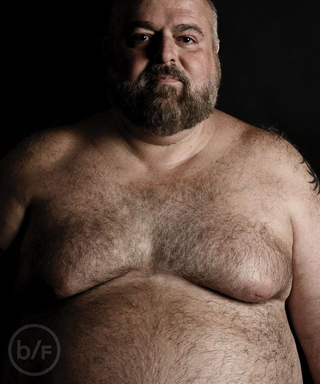 #tummytuesday with Peter 🐻❤️✌🏻 #bearflavoured . . . . . . . #picsbybears #gaybear #bearded #gaybeard #gaydaddy #daddybear #hairychest #hairy #beardedgay #portrait #photography #london #beardedhomo #bearweek #nyc #portraitphotography #hairychest #hairy #beard #beardporn #hairybear #bearweek365 #bearweek #chublife #chubstr #chubby #chub4chub #chubbear #chubbybear #pride #gay