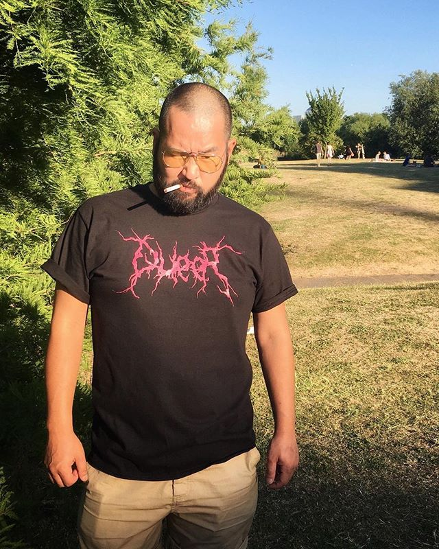 Isa @dollbacky wearing our #queer shirt 🏳️‍🌈🖤🤘🏻 photographed by @la_txusma Thank you! 😘 #bearflavoured . . . . . . . #gaybear #gaybeard #gay #pride #bearweek365 #bearwwek #daddybear #bearcub #beardedgay #tshirtdesign #graphictees #london #gaylondon #nyc #gaynyc #resist #plussizefashion #plussizemodel #malebeauty #plussizemalemodel #fashion #menswear #666 #sexsexsex #queer #genderqueer #genderfluid #blackmetal #oneofthem