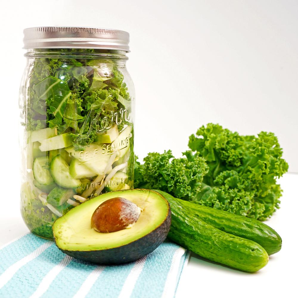 thegirlcaneat-kale-salad-cilantro-dressing-1