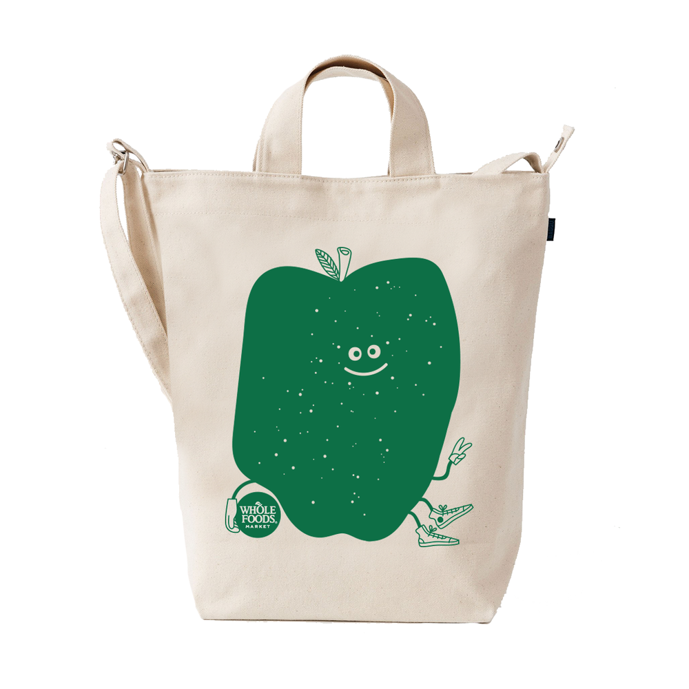 Baggu Apple Tote  Small batch of playful reusable grocery bags.