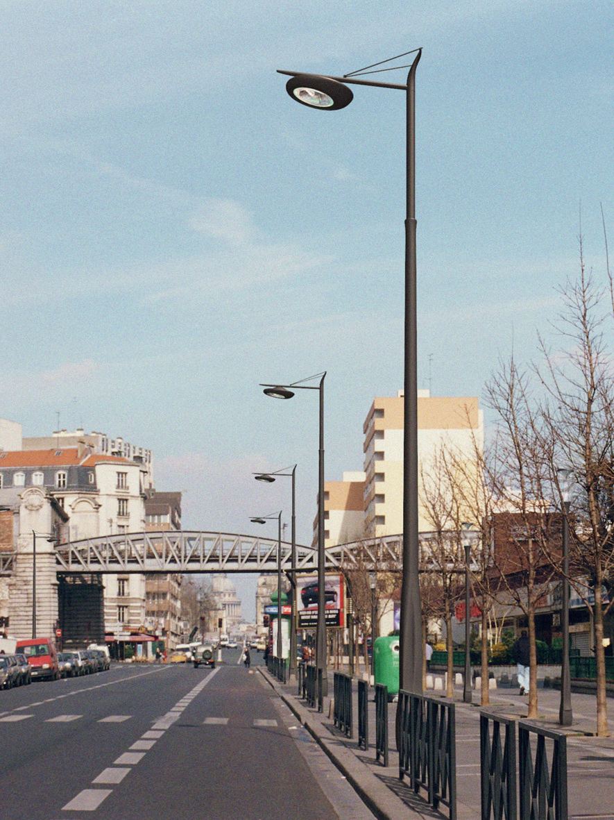Paris pont-light RET.jpg