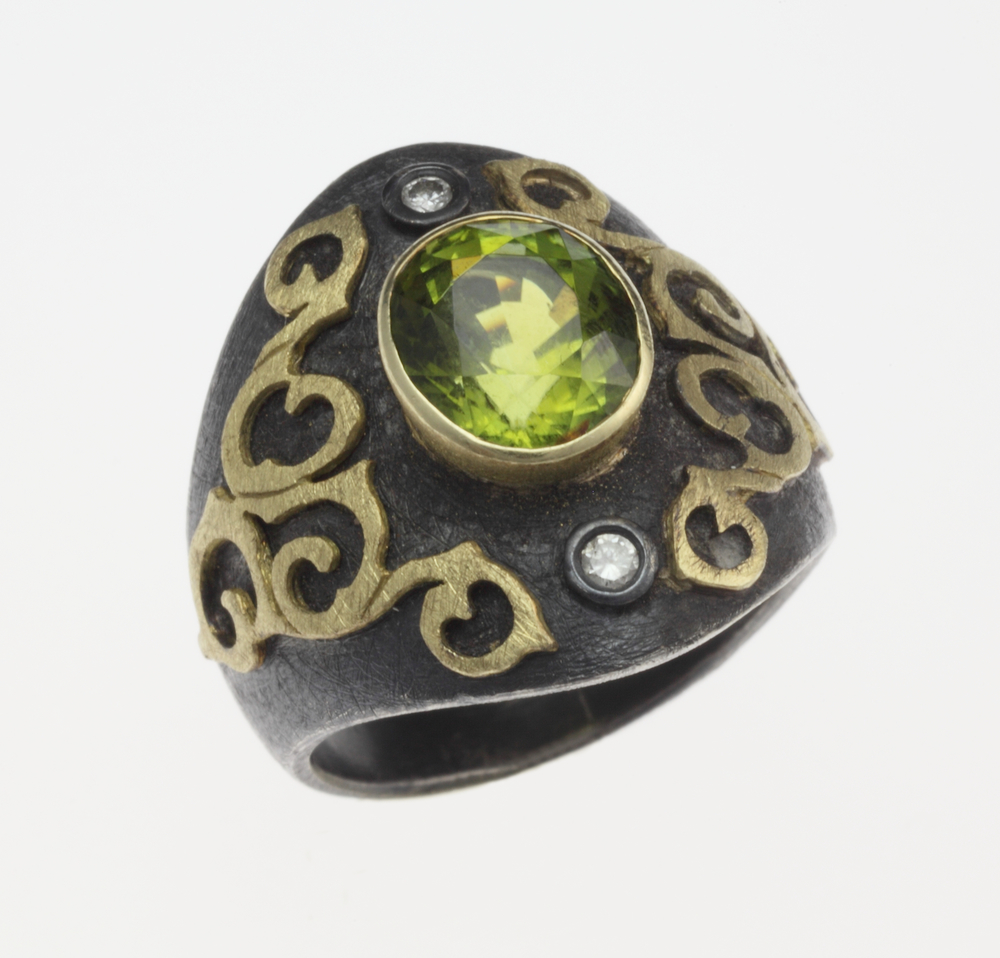 BlackGoldGreenStone Ring.jpeg