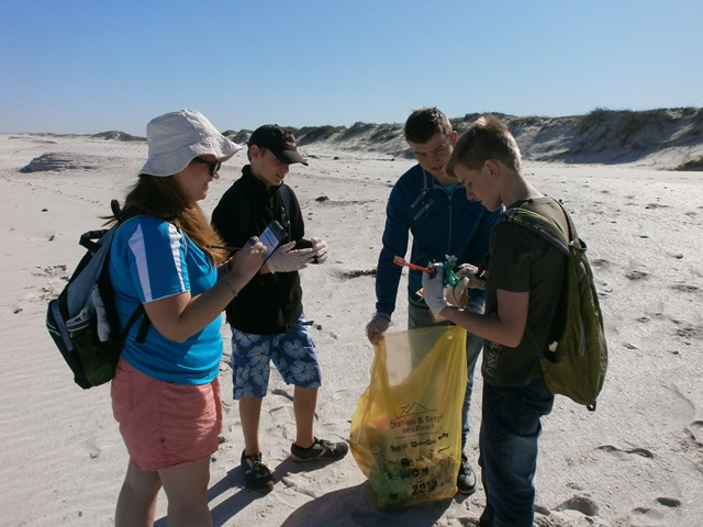 International Coastal Cleanup 2015 - Eerstesteen Resort, Blaauwberg Nature Reserve, Cape Town, RSA