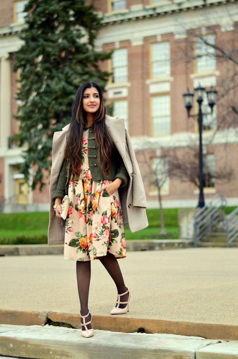 Floral Frock-Holiday Outfit-Hanes Hosiery 1