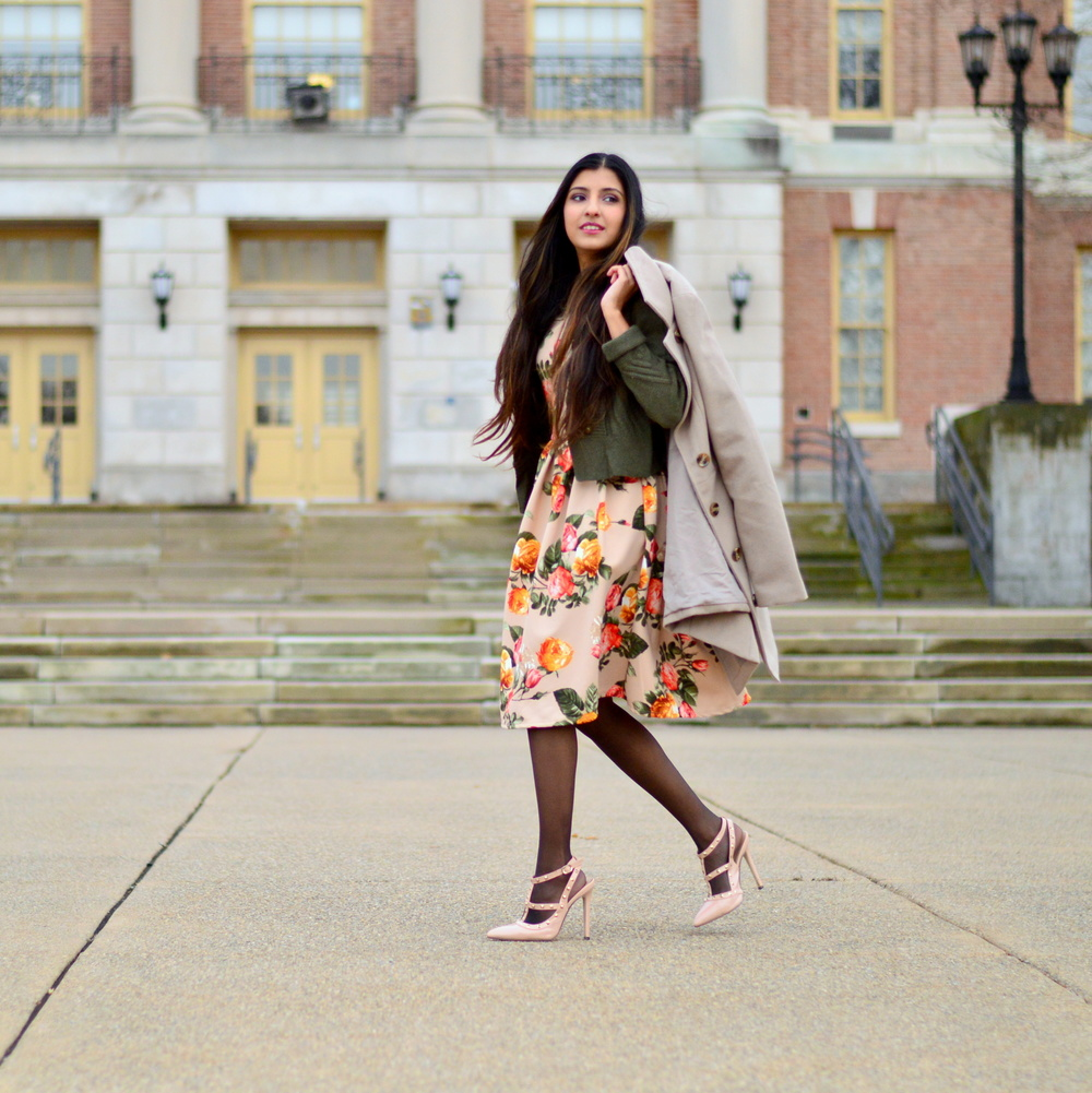 Floral Frock-Holiday Outfit-Hanes Hosiery 5
