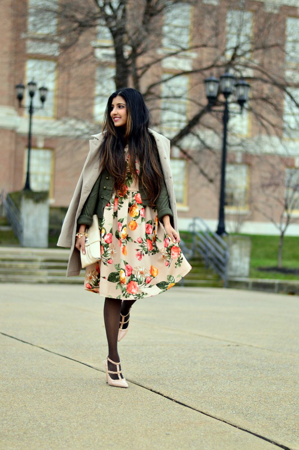 Floral Frock-Holiday Outfit-Hanes Hosiery 6