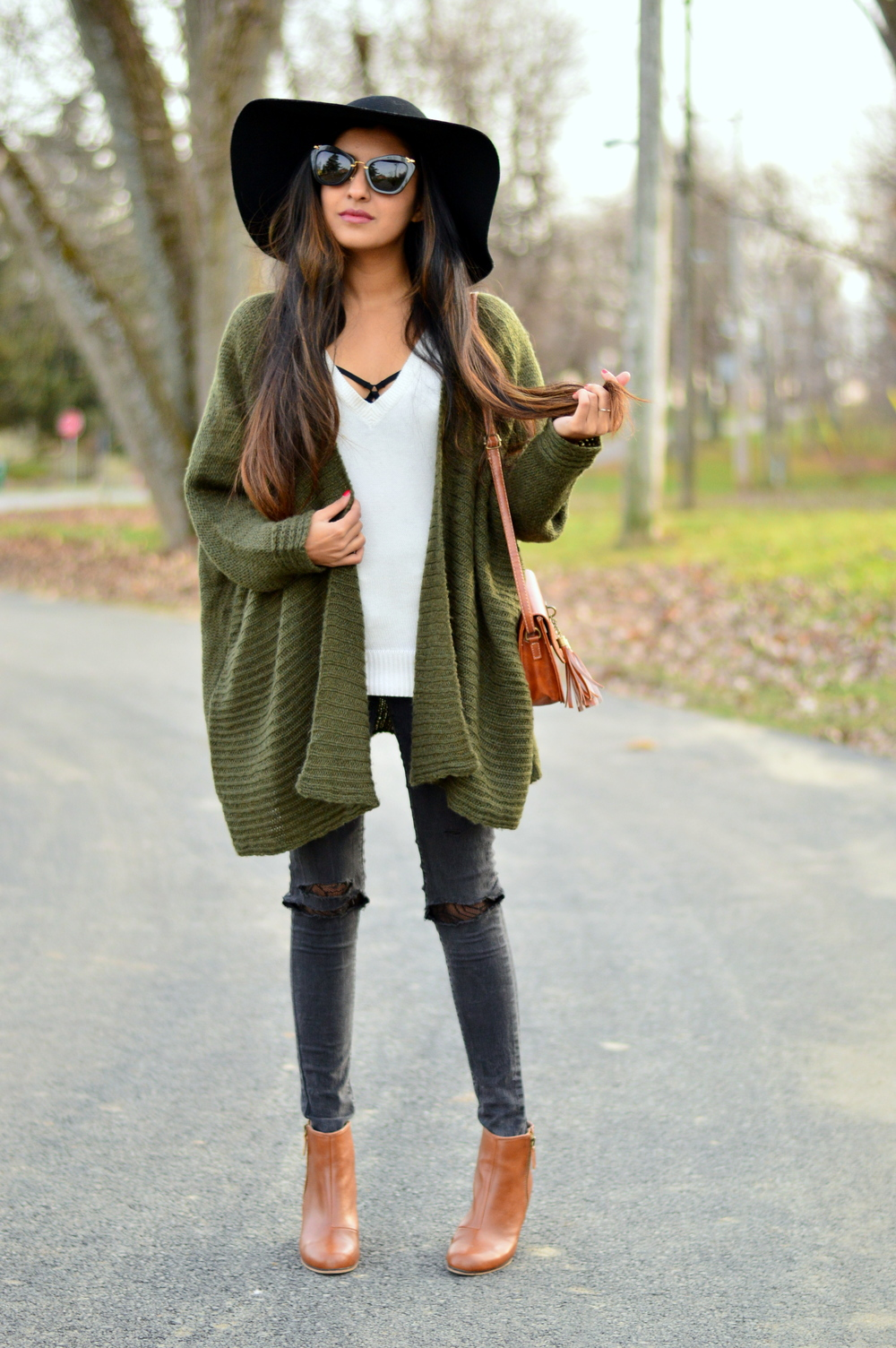 Olive Cardigan-cozy chic 3