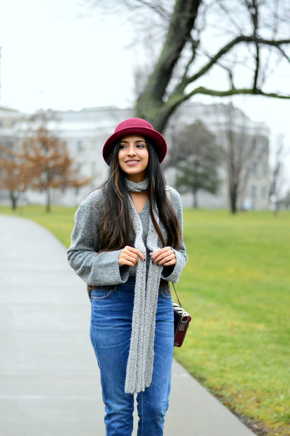Grey-Skinny Scarf-High waisted jeans- #IFCHIC24 6