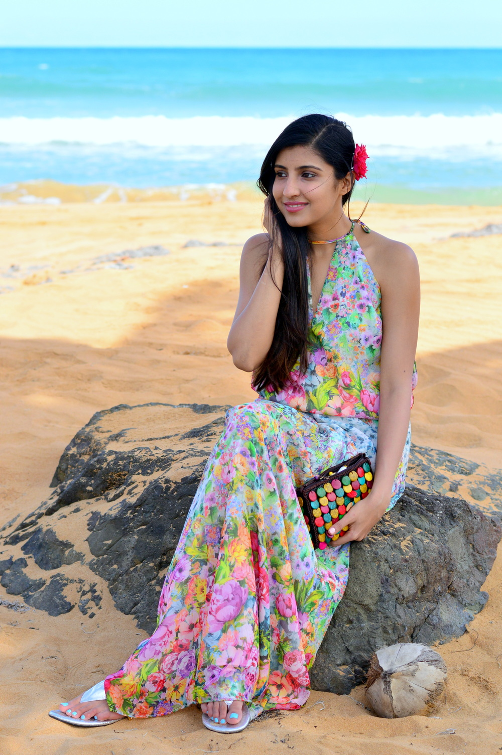 floral-maxi-dress-beach-outfit