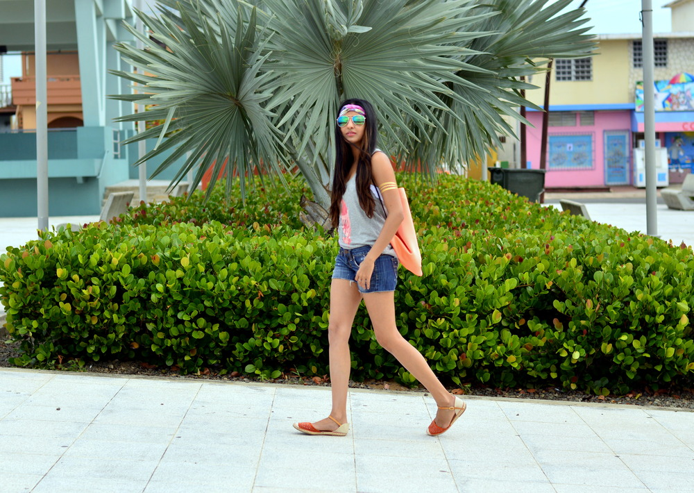 beach-vacation-casual-outfit