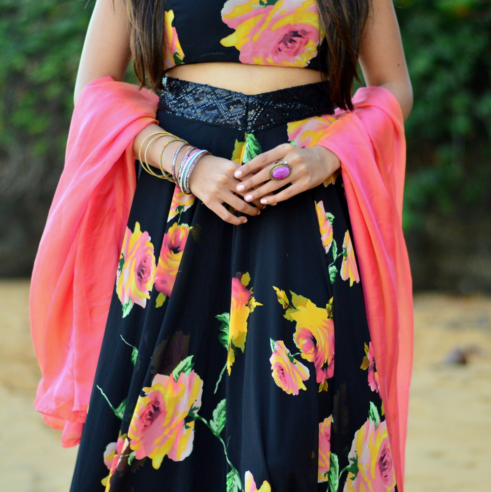 indian-fashion-blogger-florals